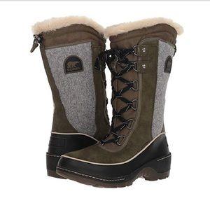 Women's Sorel Tivoli III High Felt Snow Boot